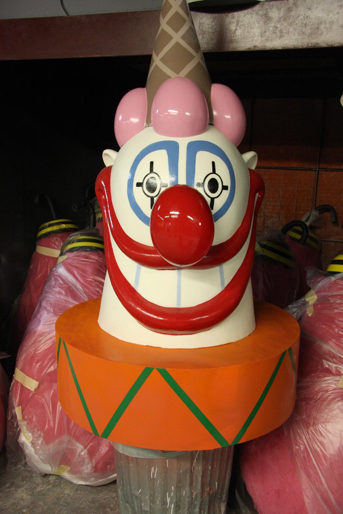 'Killer Klown' Ice cream truck reproduction