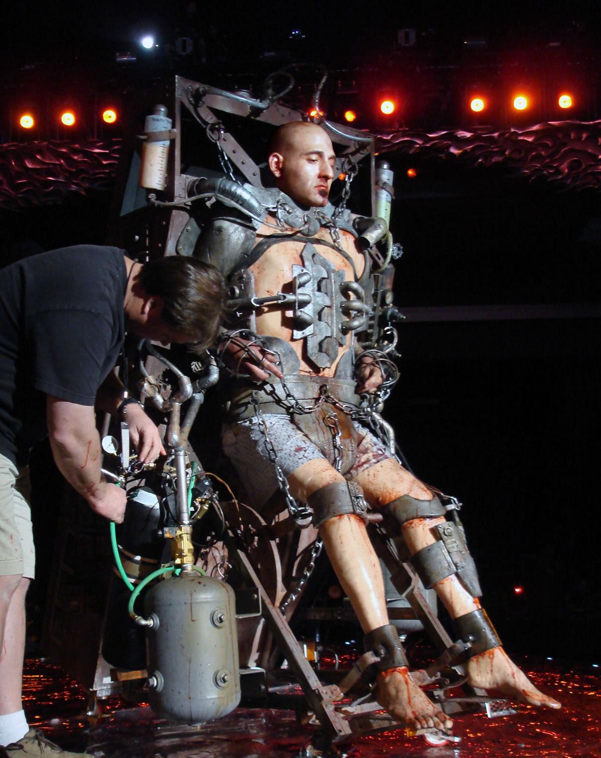 'Scream Awards' Live Show Exploding Body